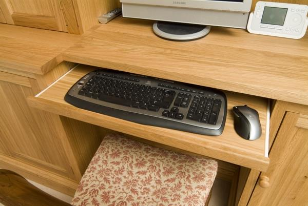 Extending Keyboard Tray