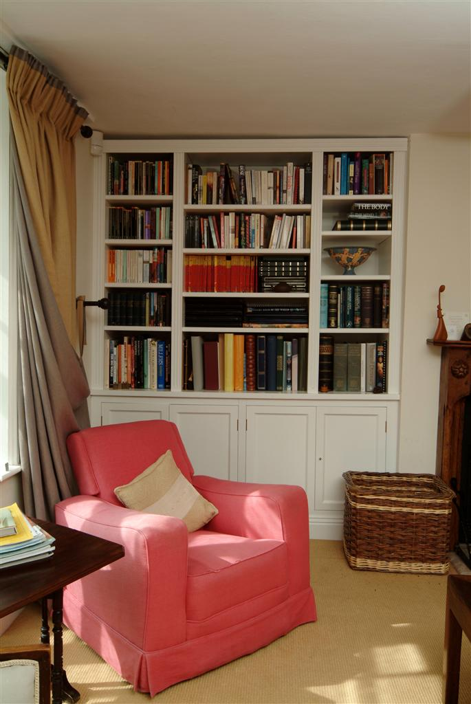 21) Fitted Alcove Bookcase