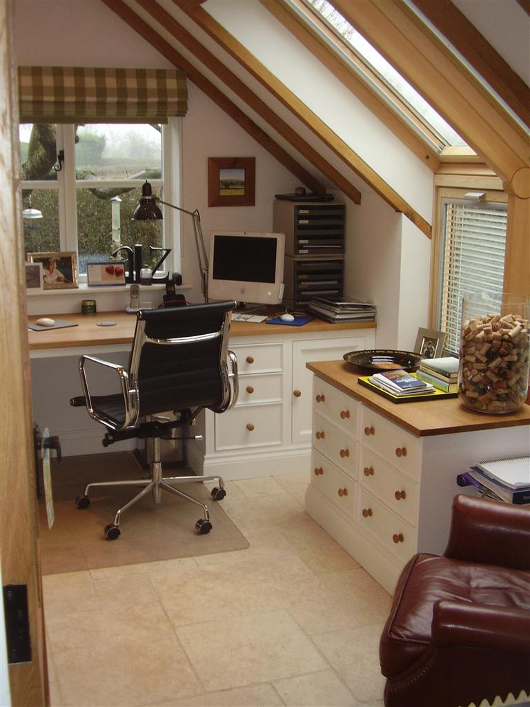 11) Fitted painted study with Oak tops
