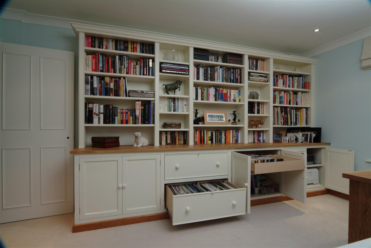 29) Bookcase with lateral filing