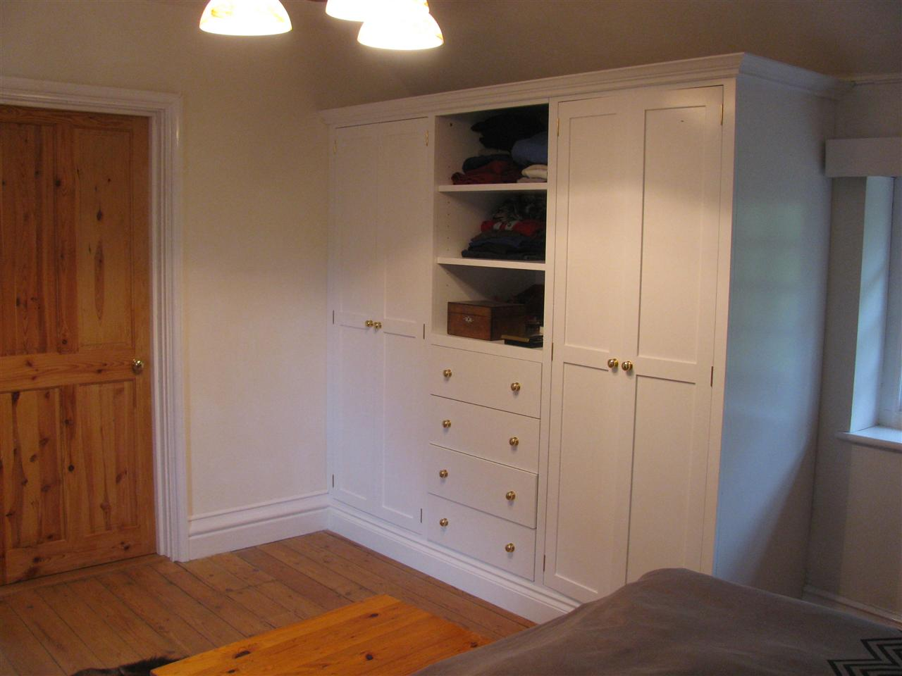 Wardrobe with chest of drawers